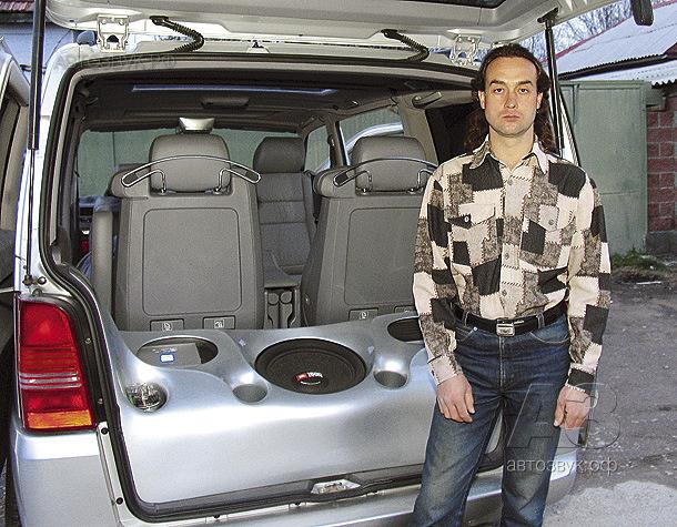 Мультимедийная система в Mercedes Vito