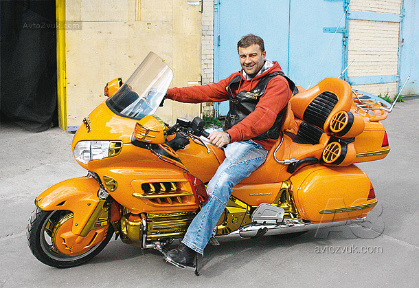 Аудиосистема на Honda Goldwing 1800 A3
