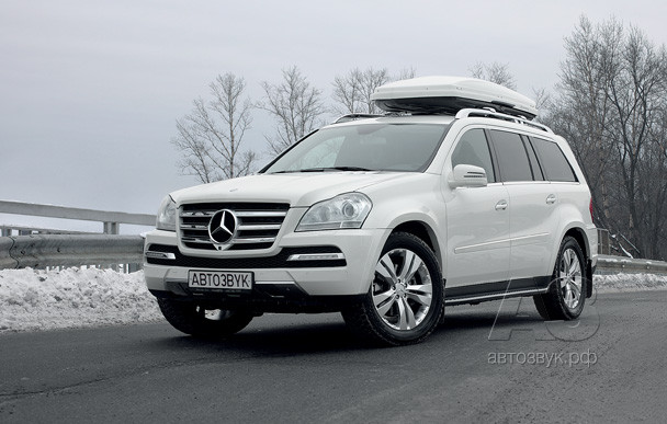 Аудиосистема в Mercedes Benz GL-350 TDi 4Matic