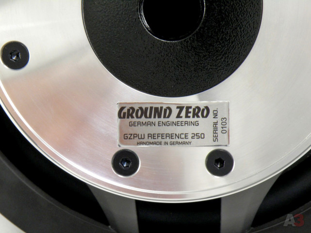 Сабвуфер Ground Zero GZPW Reference 250