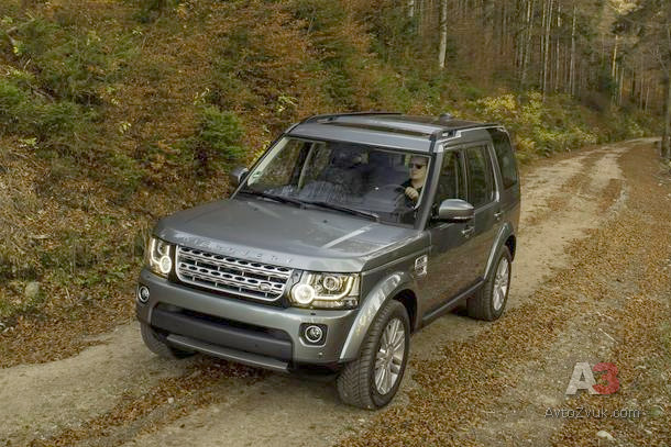 00Land_Rover_Discovery_2014-13