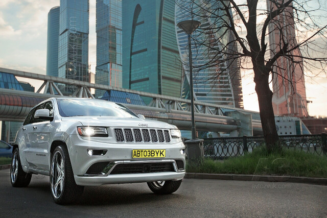 Аудиосистема в Jeep Grand Cherokee Summit