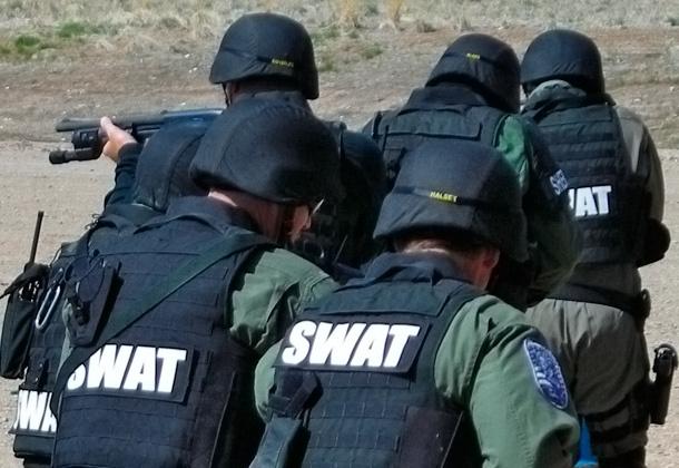 swat-00b
