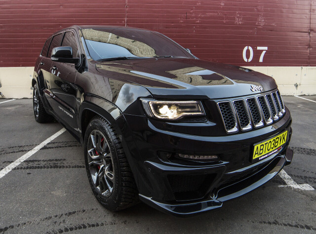 Аудиосистема в Jeep Grand Cherokee SRT