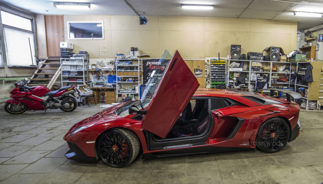 Lamborghini_1_workshop