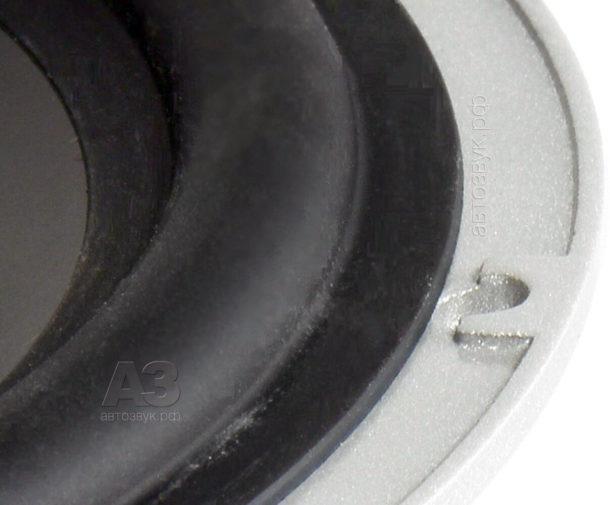 JL_Audio_C5-650_5_gofr&hole