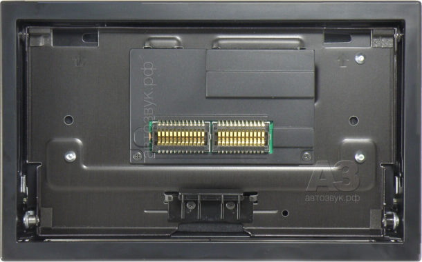 Pioneer8800_07_face_wo_panel
