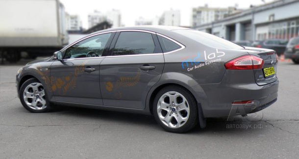 Ford_Mondeo_14_team