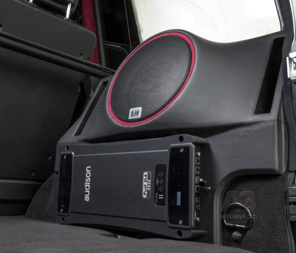 Mercedes_G63_AMG_15_sub_r4