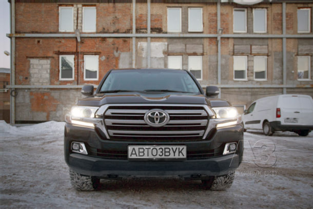 Аудиосистема в Toyota Land Cruiser 200