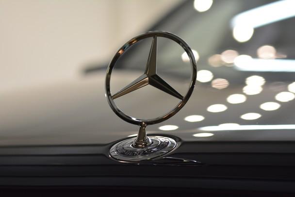MBUX Hyperscreen – сверхширокий дисплей от Mercedes-Benz